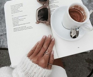 femme lire